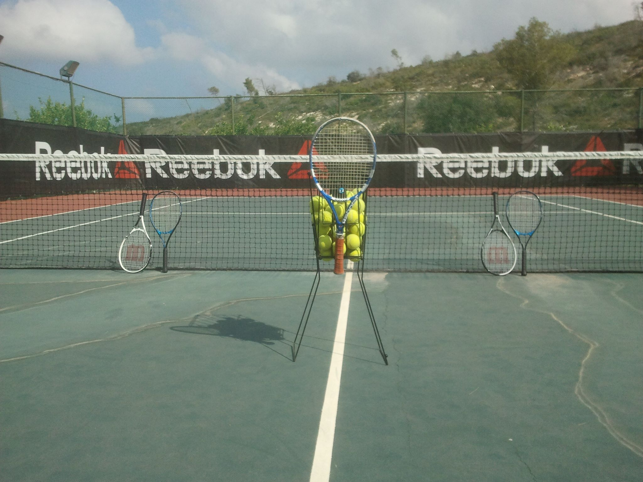 יערות הכרמל בית ספר לטניס